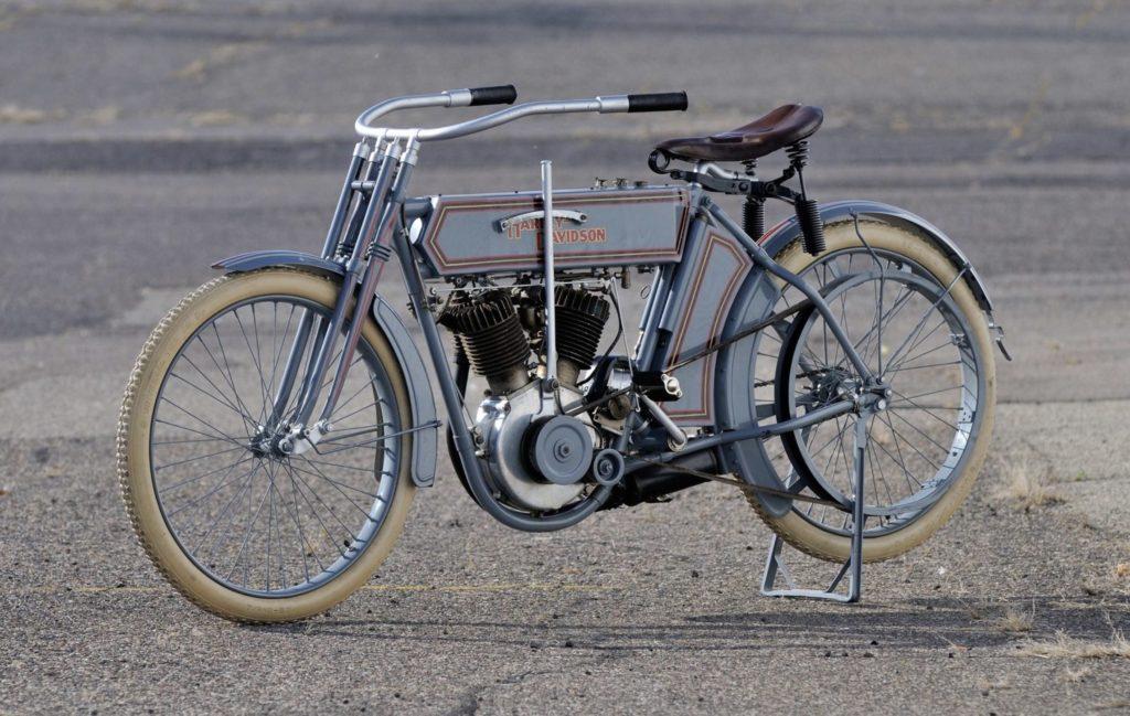 1911 - Harley-Davidson modelo 7D - izquierda