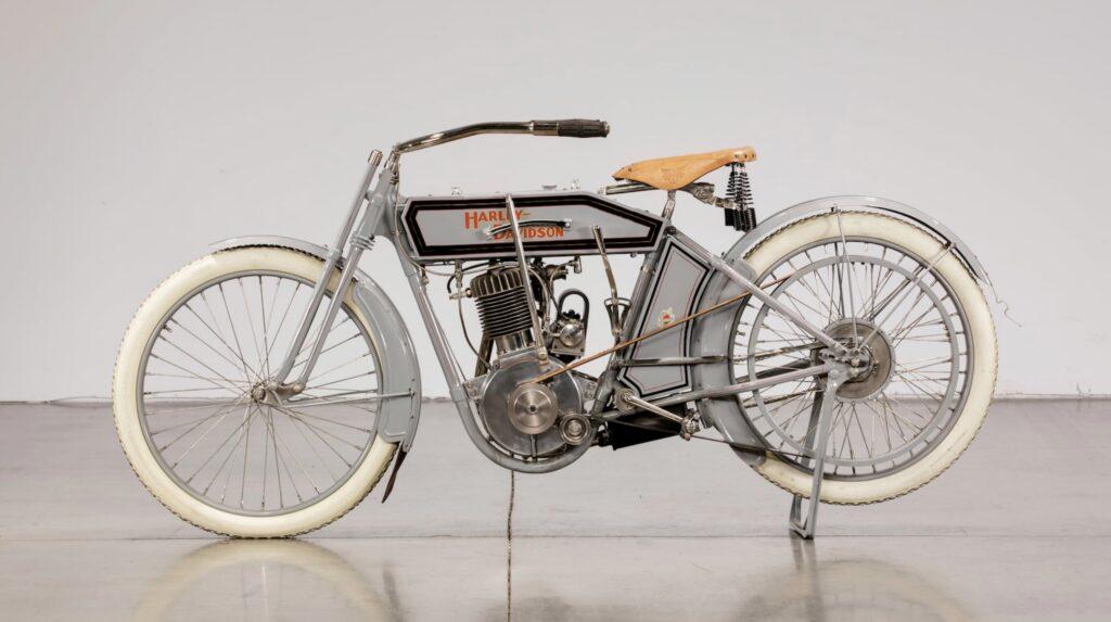1912 - Harley-Davidson modelo 8A izquierda