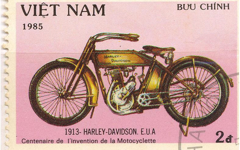 1913 modelo 9 en sello de Viet Nam