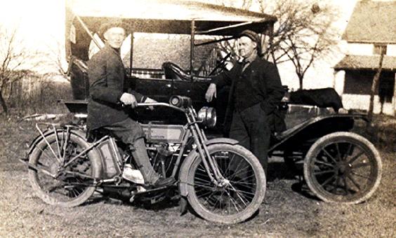 1914 - Harley-Davidson Modelo V-Twin