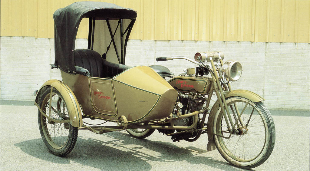 1918 - Harley-Davidson 18J con sidecar
