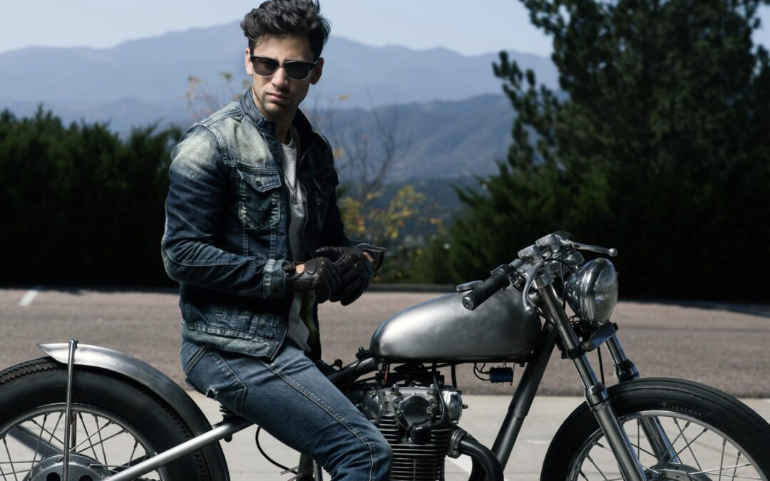¿Andas en moto? No te pueden faltar una buena chaqueta y guantes