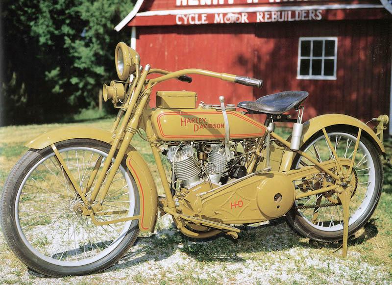 Harley-Davidson 20J de 1920 - Izquierda