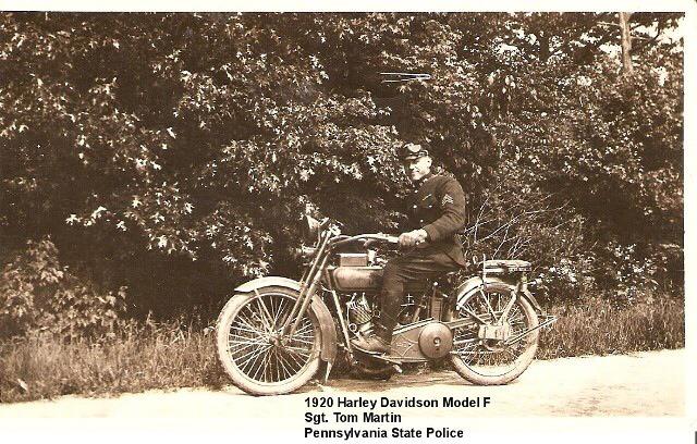 1920 - Harley-Davidson modelo policía