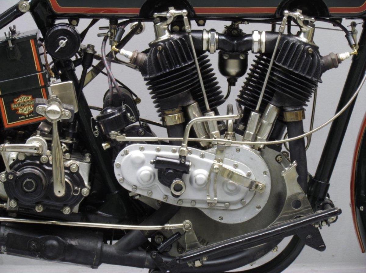 Vista derecha motor de modelo 22F de 1922