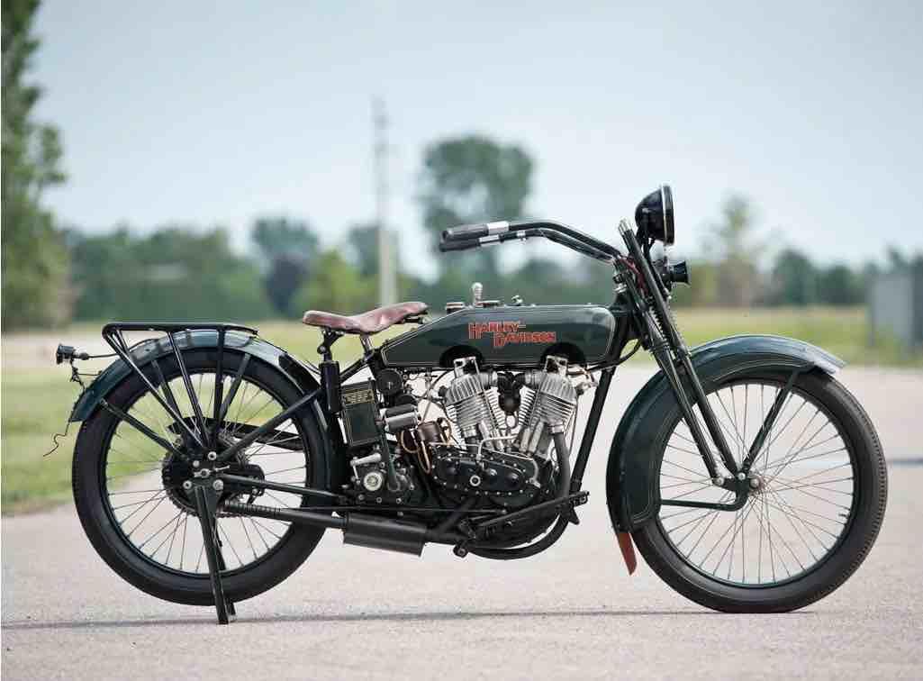 Harley-Davidson 22JD de 1922 - Derecha