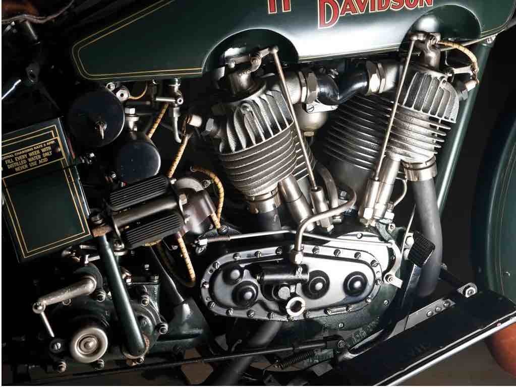 Vista derecha motor de modelo 22JD de 1922