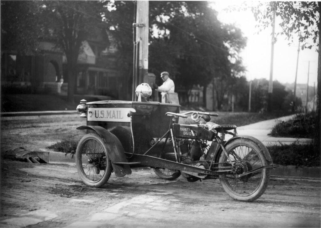 1913 - Forecar para el servicio de Correos
