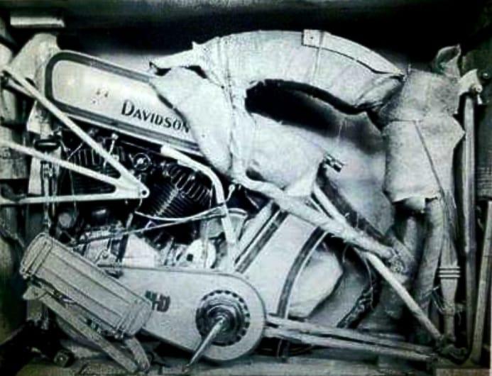1916 - Harley-Davidson para enviar