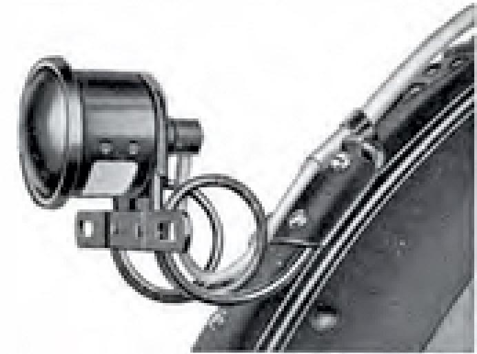1923 - Piloto trasero con absorción de vibración